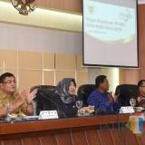 Wakil Wali Kota Kediri Lilik Muhibbah (tengah) saat memberikan sambutan. (Eko Arif S /JatimTIMES)