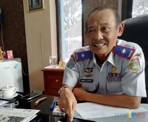 Tidak ingin menyerah dengan anggaran, Kepala Dishub Kabupaten Malang Hafi Lutfi optimasi rambu lalin wisata dengan pola prioritas (foto: Nana/ MalangTIMES)