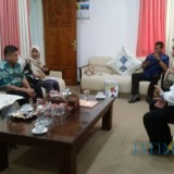 Pertemuan DPRD Kabupaten Jombang dengan DPRD Kabupaten Demak di ruang kerja sekwan DPRD Jombang. (Foto : Adi Rosul / JombangTIMES)
