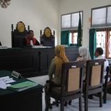 Suasana sidang Tipiring PT Ciwulan Putra mandiri di PN Probolinggo (Agus Salam/Jatim TIMES)
