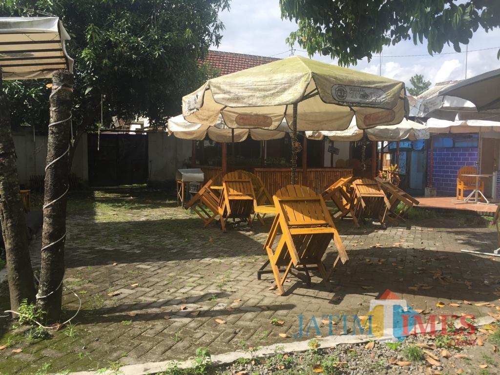 Rumah N di Kecamatan Kepanjenkidul, Kota Blitar.