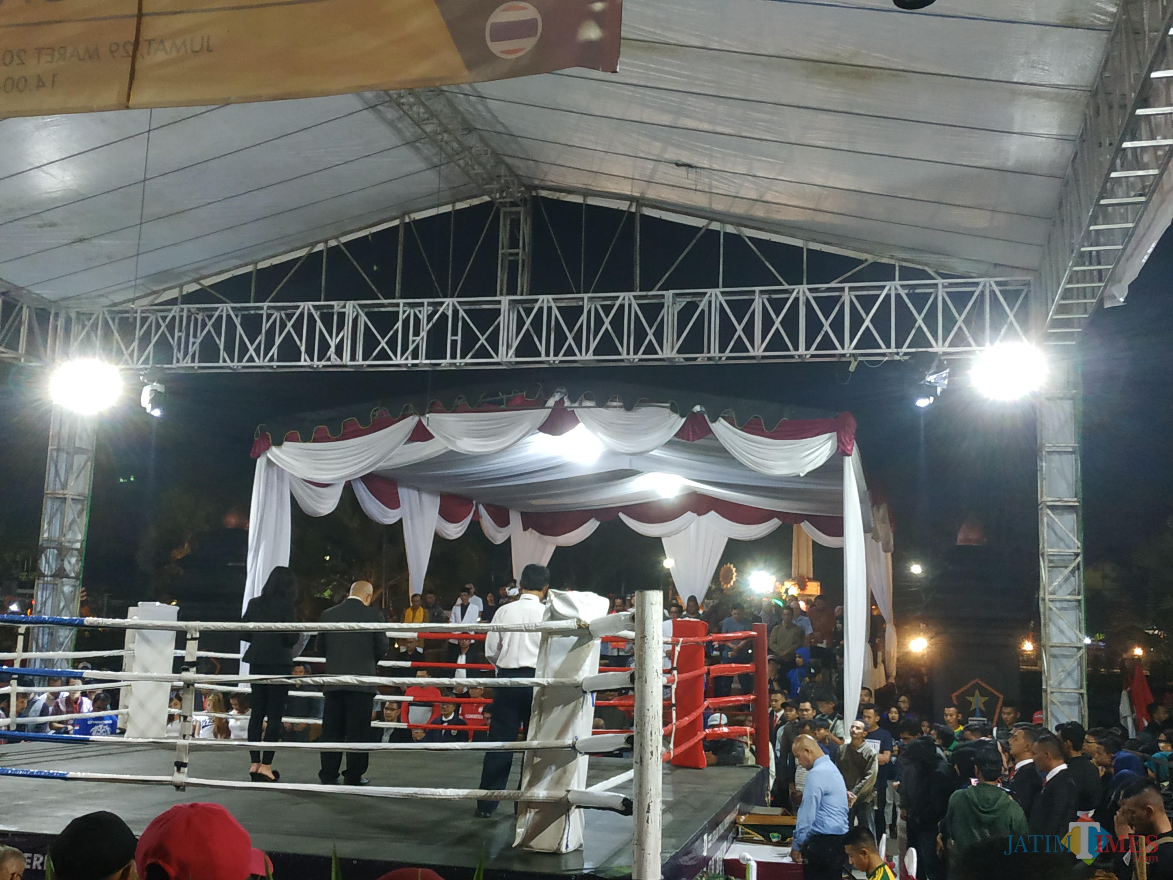 Suasana mengheningkan cipta di MSF XXVI untuk ayahanda dari Wakil Wali Kota Malang Sofyan Edi Jarwoko (Hendra Saputra)