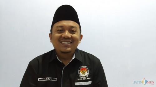 Divisi Perencanaan Dan Data Komisi Pemilihan Umum Kota Malang, Deny Rachmat Bachtiar (Pipit Anggraeni/MalangTIMES).