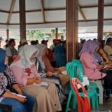 Sosialisasi peluang kerja di Malaysia yang diselenggarakan oleh Disnaker bersama perusahaan Malaysia (Foto : Moch. R. Abdul Fatah / Jatim TIMES)