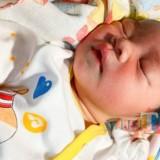 Sehat, imut dan cantik. Kondisi bayi yang ditemukan di pos kamling Dusun Kendal, Sragi, Songgon, saat ini dirawat di RSUD Genteng.