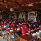 Ratusan peserta Journalist Camp yang mengikuti materi dengan seksama (Igoy/Malang Times)