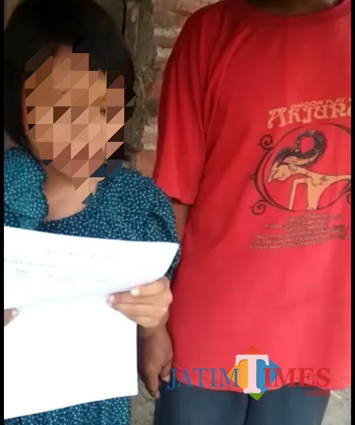 Bunga saat membacakan Surat Pernyataan / Foto : Istimewa / Tulungagung TIMES