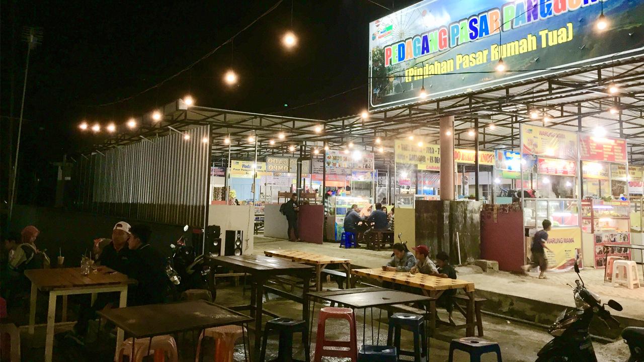 Kwbtimes Pasar Panggung Destinasi Kuliner Baru Di Alun