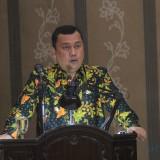 Wakil Wali Kota Probolinggo HMS Subri saat membacakan jawaban terhadap pandangan fraksi saat rapat Paripurna (Agus Salam/Jatim TIMES)