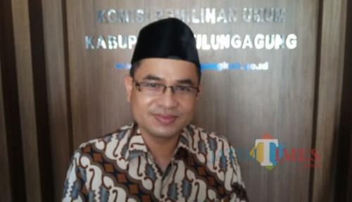 Ketua KPU Tulungagung Mustofa. (foto:  Joko Pramono/Jatim Times)