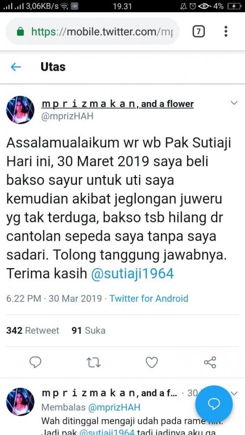 tweet warganet yang minta tanggung jawab kepada Walikota Malang akibat baksonya hilang gara - gara jalan berlubang (screenshoot twitter)
