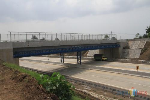 Jembatan Retak Selesai Diperbaiki, Tol Dibuka untuk Umum