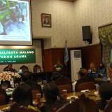 Wali Kota Malang Sutiaji (tengah) saat memberikan paparan di dalam acara Silahturahmi Bersama Tokoh Agama dan Masyarakat. (Foto: Nurlayla Ratri/MalangTIMES)