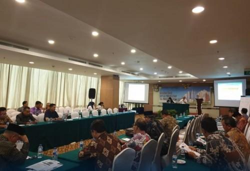 Rakor Kemen PUPR dalam percepatan serah terima aset yang diikuti oleh DPKPCK Kabupaten Malang. (DPKPCK Kabupaten Malang)