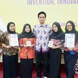 Manfaatkan Limbah Kulit Pisang Jadi Pengganti Bahan Hidrogel, Mahasiswa UB Raih Bronze Medal di Malaysia