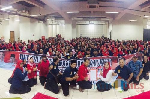 Deklarasi dukungan Honorer K2 Jatim untuk Jokowi-Ma'ruf Amin. (Foto: Dok Eva Sundari)