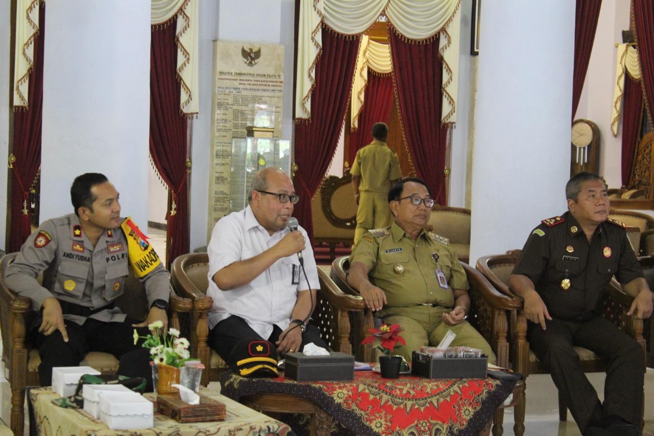 Sosialisasi pembangunan JLS di Pendopo RHN Blitar.(Ist)