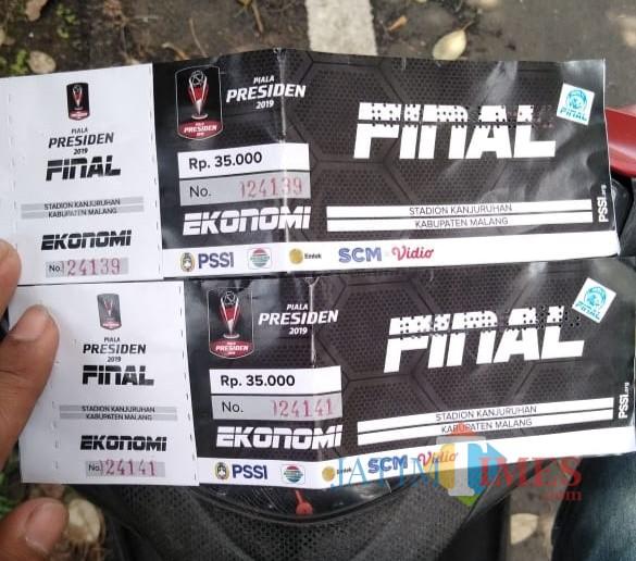 Tiket pertandingan Arema FC vs Persebaya di final Piala Presiden 2019. (Hendra Saputra)