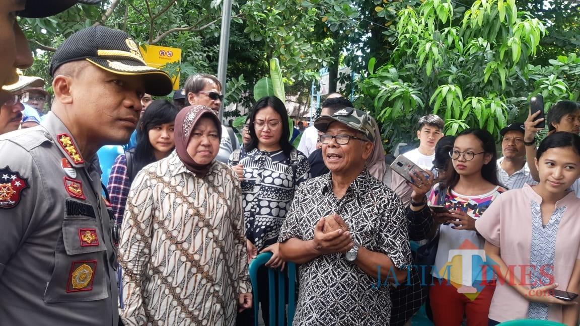 Forkopimda Surabaya ketika melakukan peninjauan ke tempat TPS