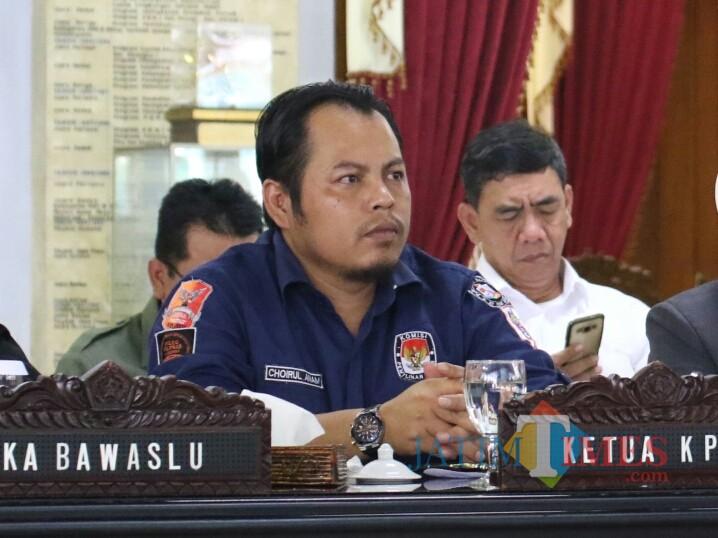 Ketua KPU Jatim Choirul Anam