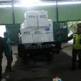 Kotak Suara yang dikirim dari TPS ke PPK Sumbergempol / Foto : Rio / Tulungagung TIMES