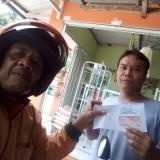 Warga di Kabupaten Blitar senang, dokumen adminduk dikirimkan ke rumah oleh Pak Pos