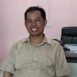 Ketua Bawaslu Kota Malang Alim Mustofa saat ditemui awak media. (Foto: Nurlayla Ratri/MalangTIMES)