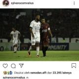 Comvalius Segera ke Arema? Beri Kode Foto dengan Hamka Hamzah  di Instagram