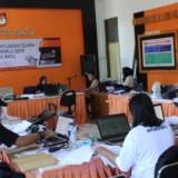 Suasana sistem penghitungan suara Pemilu 2019 di kantor KPU Kota Batu. (Foto: istimewa)