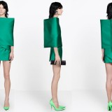 Dress�malam hari emerald double mat satin. (Foto: www.balenciaga.com)