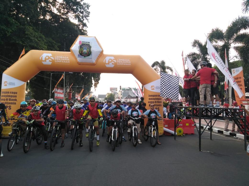 Kemeriahan fun bike yang digelar Pemkot Blitar