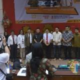 Emil Dardak bersama Civitas Academica Untag Surabaya