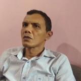 Koordinator Divisi Sengketa Bawaslu Kota Malang Rusmifahrizal Rustam saat menemui awak media. (Foto: Nurlayla Ratri/MalangTIMES)