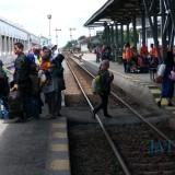 Aktivitas penumpang di Stasiun KA Blitar
