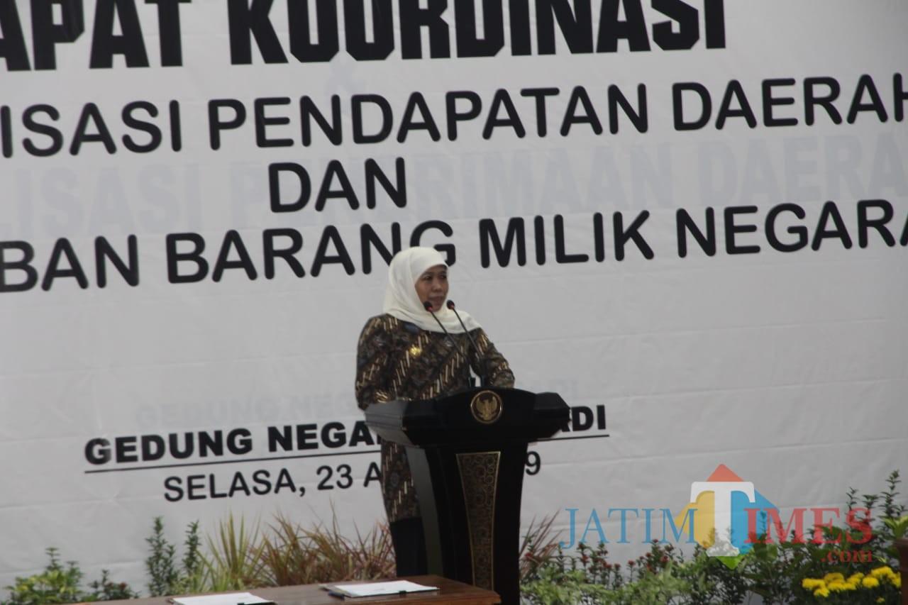 Gubernur Jatim Khofifah Indar Parawansa saat membuka rakor optimalisasi pendapatan daerah di Surabaya. (Foto: Humas Pemkot Malang for MalangTIMES)