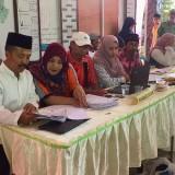 Proses rekapitulasi di Kecamatan Batu, Selasa (23/4/2019). (Foto: Irsya Richa/MalangTIMES)