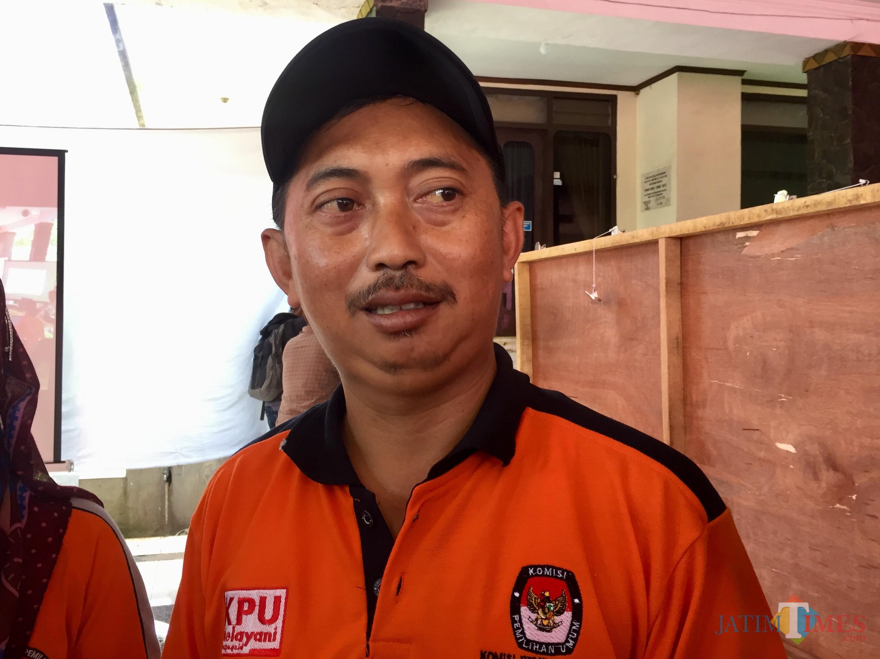 Teguh Ruwiyanto, Ketua PPK Batu. (Foto: Irsya Richa/MalangTIMES)