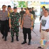 Kapolres Blitar Kota dan Dandim 0808/Blitar memimpin patroli gabungan
