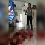 Kapolres Jember saat memantau proses olah TKP di rumah korban. (foto : istimewa / Jatim TIMES)