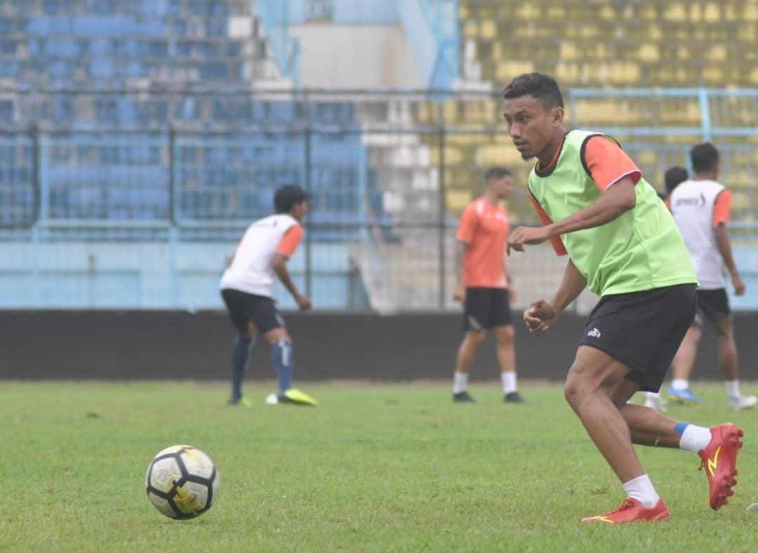 Gelandang enerjik Arema FC, Rivaldi Bawuo (istimewa)