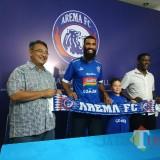 Perkenalan Sylvano Comvalius sebagai pemain baru Arema FC (Hendra Saputra)