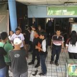 Para pedagang saat memadati kantor UPPD Pasar Lawang, Kabupaten Malang (Foto : Ashaq Lupito / MalangTIMES)