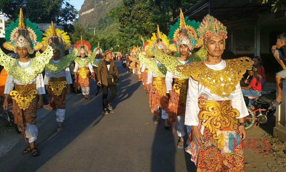 Acara Kirab dalam Kemah Budaya Dan Festival Gunung Budheg / Foto : Agus Utomo / Tulungagung TIMES