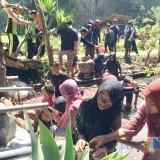 Unik, MI Darul Ulum Kota Batu Punya Ritual Khusus Prosesi Wisuda Kelas Anti Korupsi