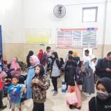 Ratusan Penumpang Kereta Api di Stasiun Kota Malang Kembalikan Tiket