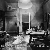 Di Bunker Ini Hitler Menikah dan Meledakkan Pelipis Kanannya dengan Pistol