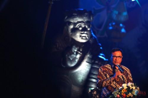 Wakil Wali Kota Malang Sofyan Edi Jarwoko saat membuka pergelaran Malang Artnival 2019. (Foto: Nurlayla Ratri/MalangTIMES)