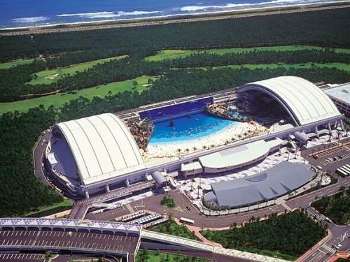 Seagaia Ocean Dome, Jepang. (Foto istimewa)