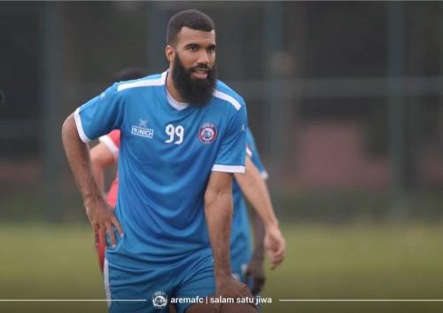 Striker asing anyar Arema FC, Sylvano Comvalius (Official Arema FC)