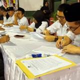 Komisioner KPU Tulungagung tandatangani hasil rekapitulasi tingkat kabupaten (ist)